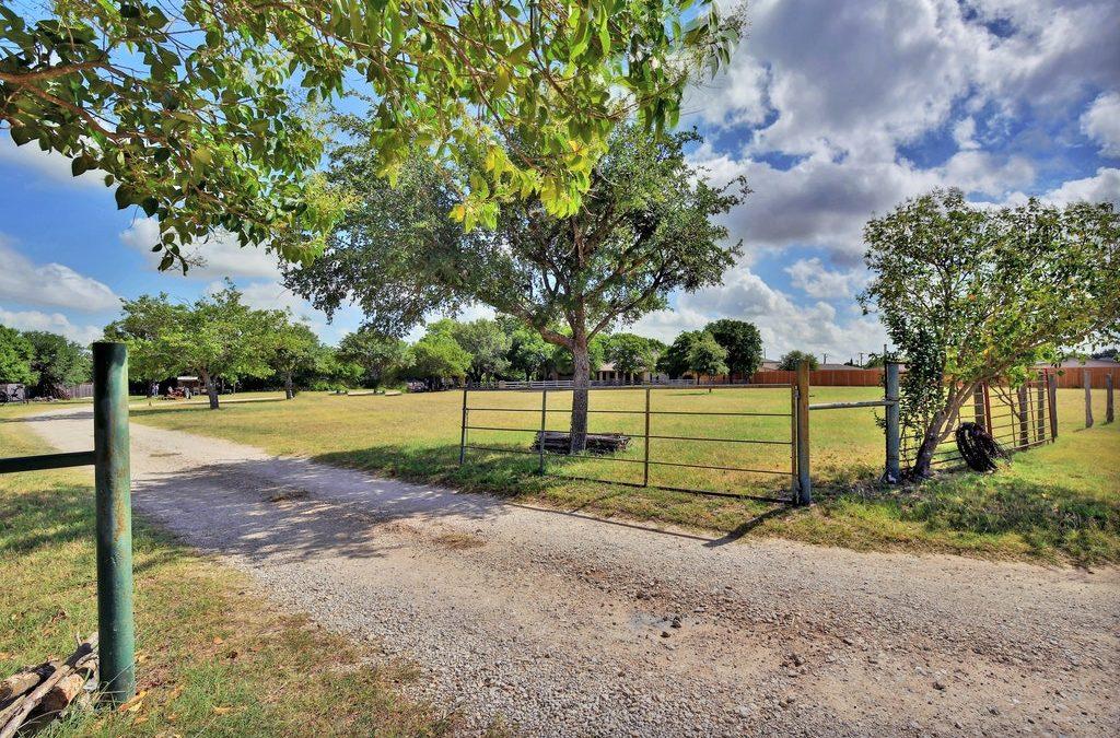 3240 Crossley Xing, Round Rock, TX 78665