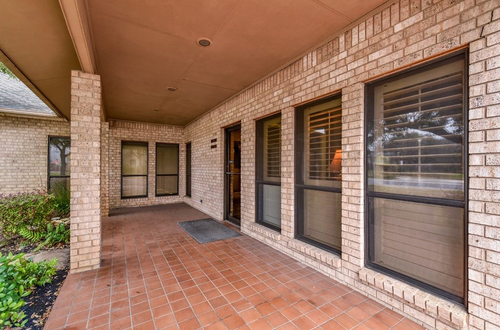 7,183 SF Office  – Taylor, TX – For SALE