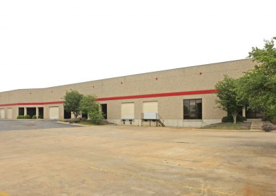 100% Climate Controlled – Light Industrial – For LEASE